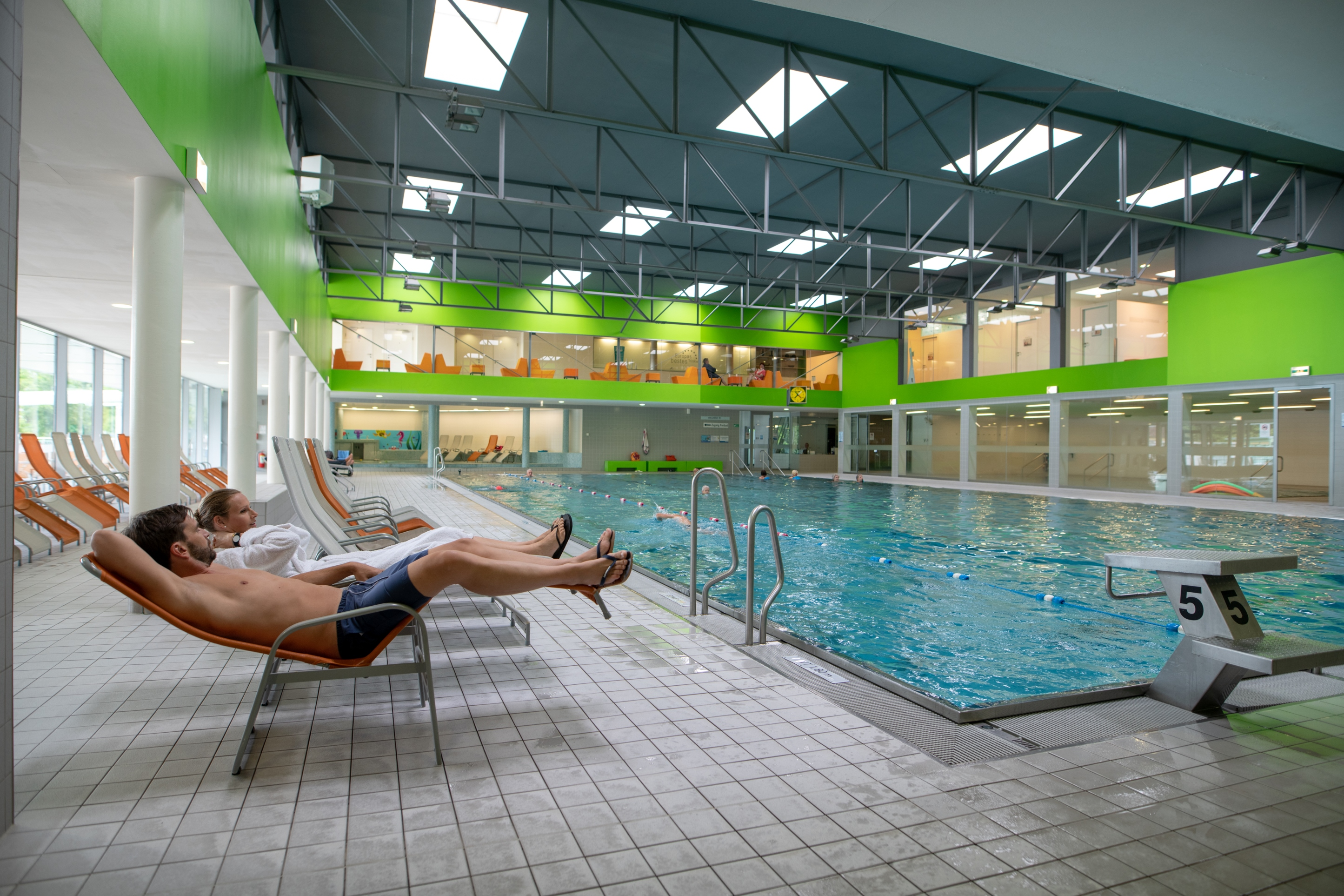 0bf5dd2f68 Hallenbad in der Wellnessoase Hummelhof